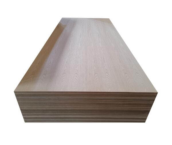 Le bois contreplaqué